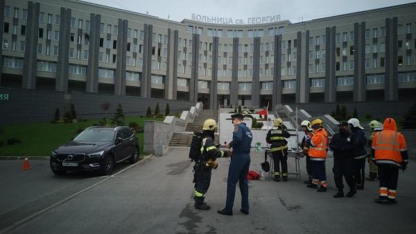 Пожар в больнице Святого Герогия в Санкт-Петербурге.|Фото: 78.mchs.gov.ru